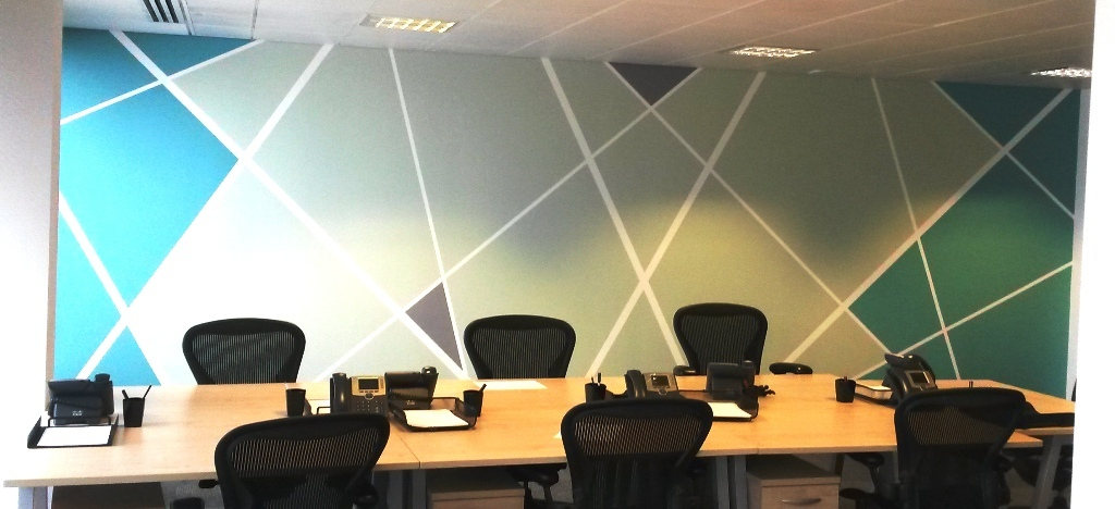 3 office decorating, Broadway, Westminster, London SW1H 0RG